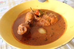Sauce d'arachide au poulet